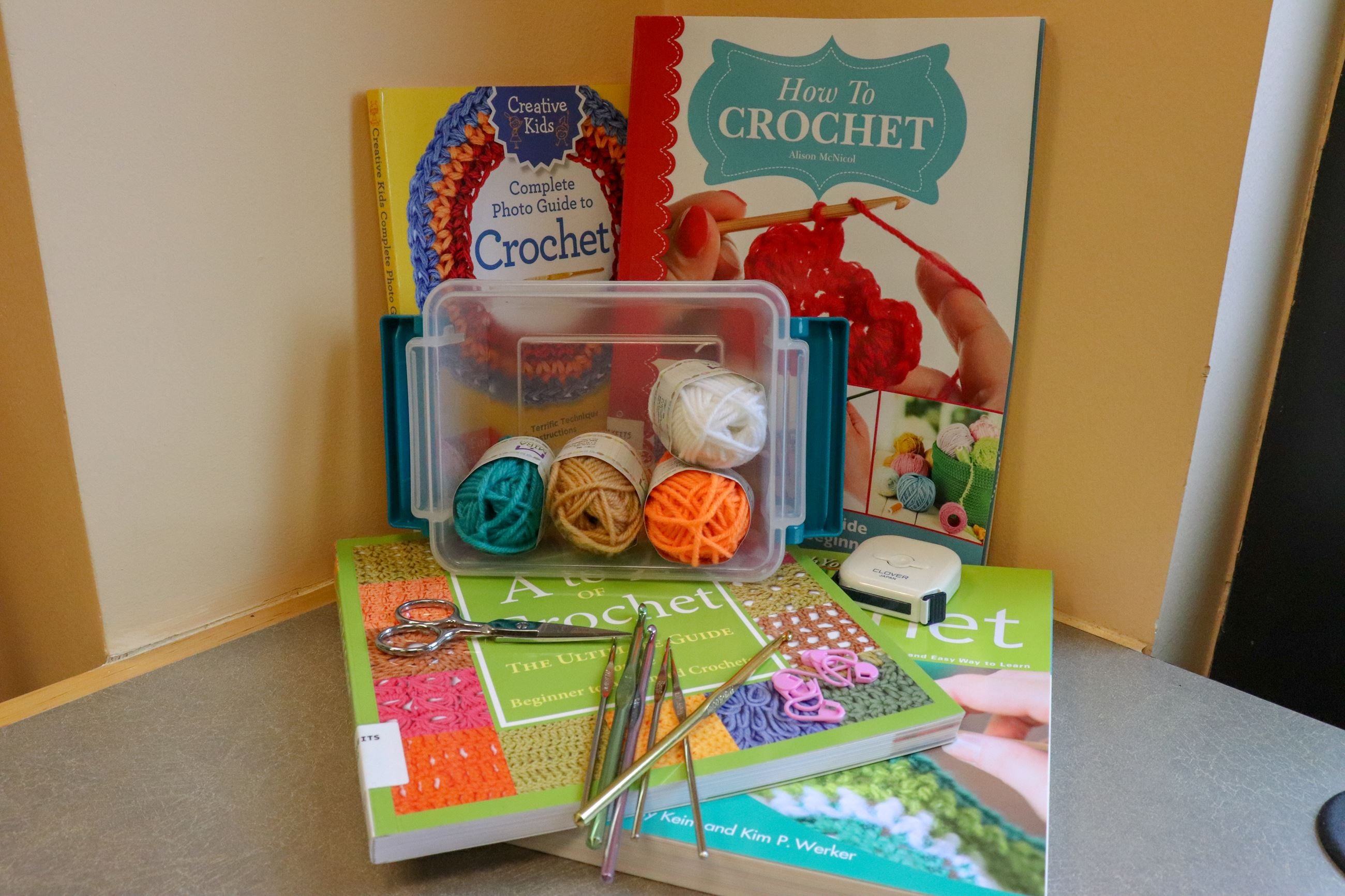 MakeIts Crochet Kit